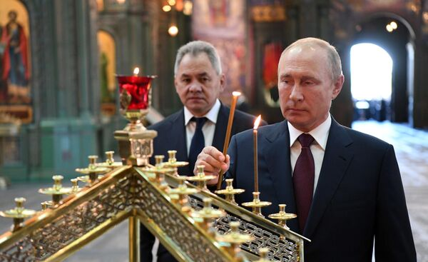 Владимир Путин в главном храме Вооруженных сил - РИА Новости, 22.06.2020