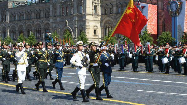 Парадный расчет армии КНР во время военного парада в ознаменование 75-летия Победы в Великой Отечественной войне