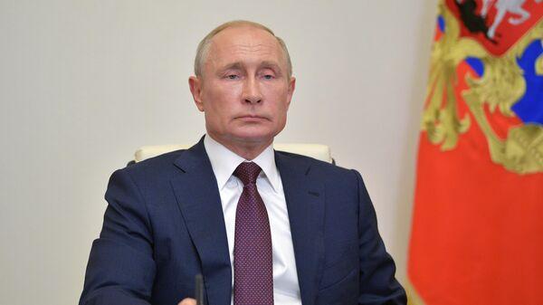 Путин обсудил с президентом Киргизии двустороннее сотрудничество
