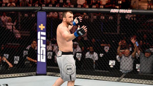 Российский боец MMA Муслим Салихов