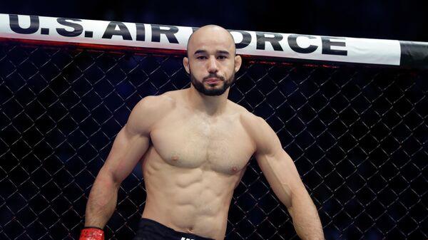 Бразильский боец смешанных единоборств Марлон Мораес перед поединком против Жозе Альдо на турнире UFC 245