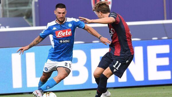 Игровой момент матча Болонья - Наполи