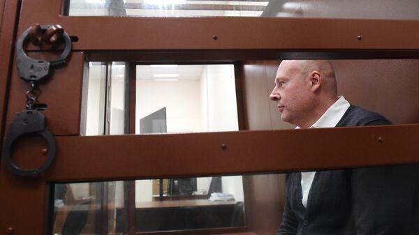 Генеральный директор центра суррогатного материнства Владислав Мельников в Басманном суде Москвы