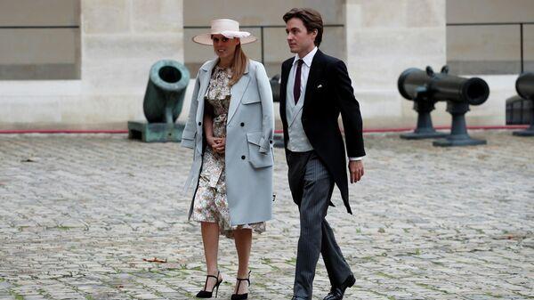 1574508215 0:133:3073:1863 600x0 80 0 0 ec86aa84c230dc43697fe6bf6d99feec - Принцесса Беатрис и Эдоардо Мапелли Моцци  тайно поженились в Виндзоре