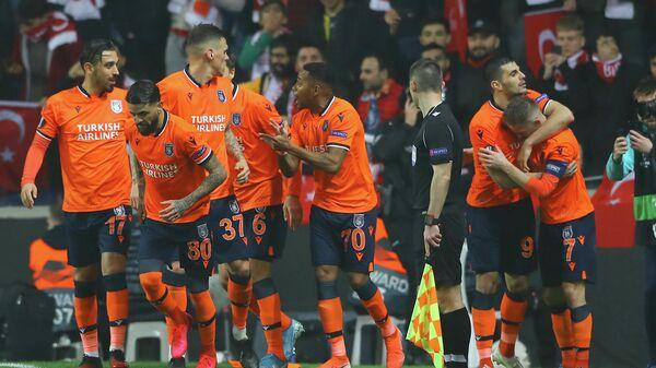Игроки ФК Истанбул Башакшехир