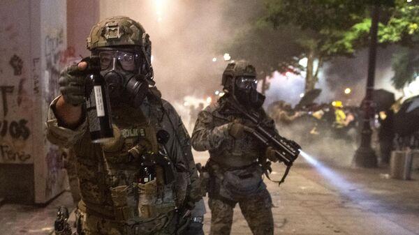 «Первый канал» проинформировал о нападении на собственных корреспондентов вПортленде