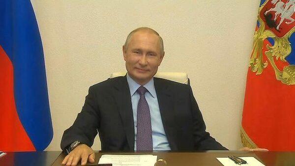 Путин главе Газпром нефти: Вы же не на ходу решили добавить сразу сотенку?