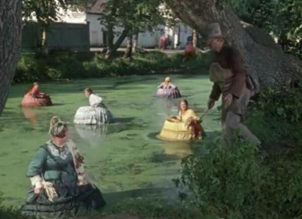 Кадр из фильма Женитьба Бальзаминова