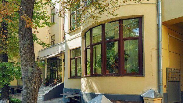 Дом работников НКВД в Милютинском переулке Москвы