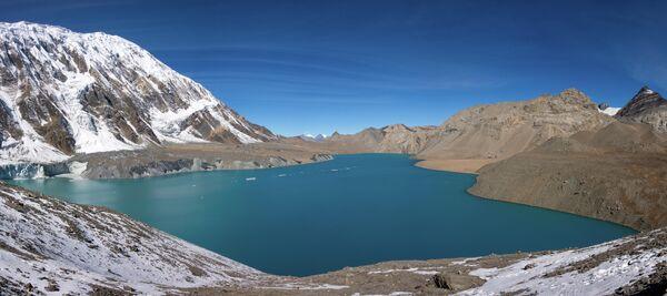 Озеро Тиличо в Непале