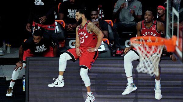Баскетболисты Торонто