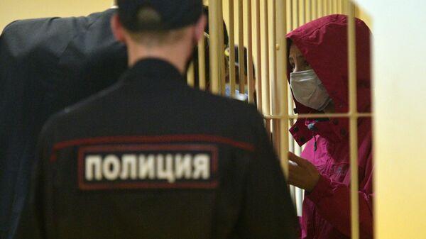 Обвиняемая в убийстве мужа-рэпера Энди Картрайта Марина Кохал в Смольнинском районном суде в Санкт-Петербурге