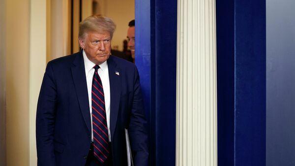 Нервный Tik бьет словно Tok. Трамп испугался – издал манифест