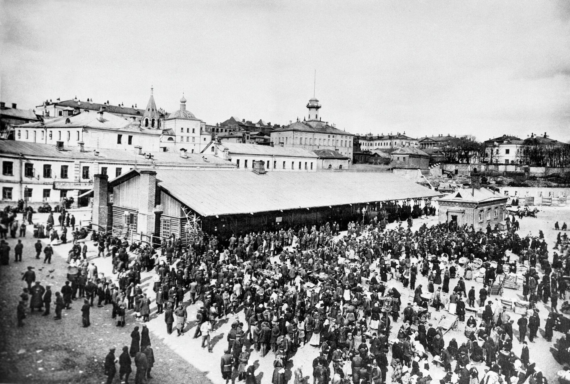 Биржа труда и народная столовая на Хитровом рынке, 1913 год. - РИА Новости, 1920, 08.09.2021