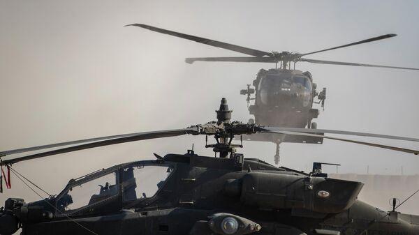 Вертолеты на военной базе США в Сирии
