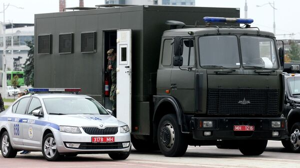Автомобиль милиции Республики Беларусь на одной из улиц Минска