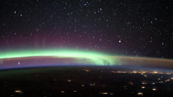 В небе одновременно произошли два атмосферных феномена