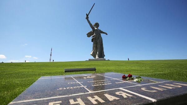 Монумент Родина-мать зовет! на Мамаевом кургане после реставрации
