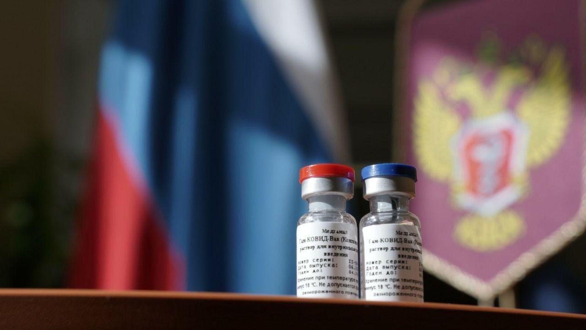 Первая в мире вакцина от коронавируса, зарегистрированная в России - РИА Новости, 1920, 08.09.2020