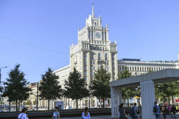 Триумфальная площадь в Москве после реконструкции
