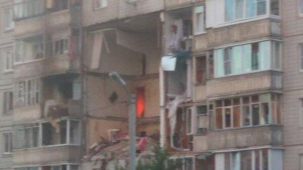 Фото очевидца на месте взрыва газа в жилом 10-этажном доме в Ярославле
