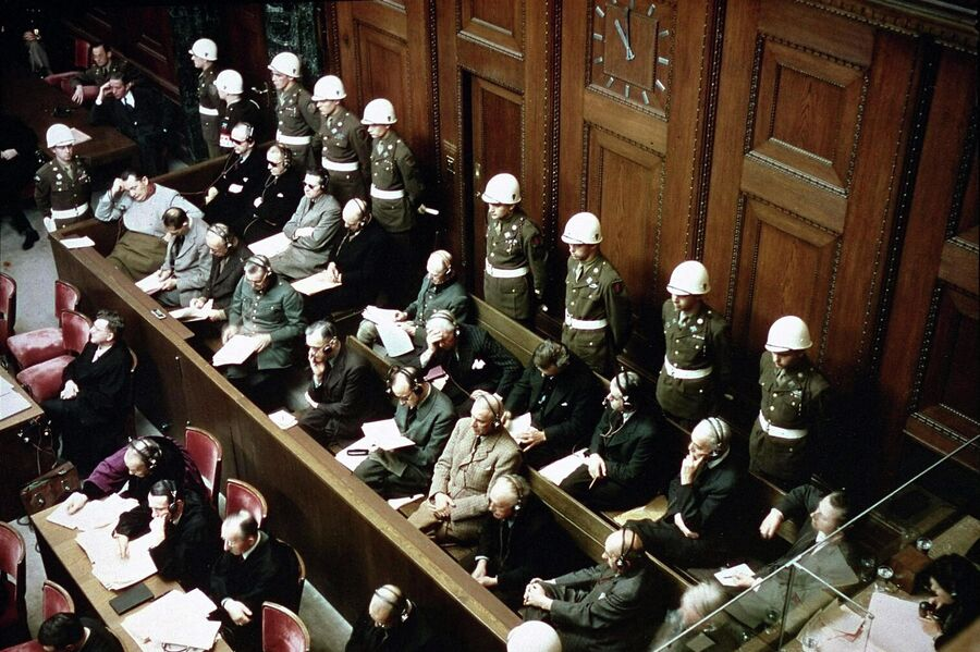 Нюрнбергский процесс. На скамье подсудимых бывшие руководители гитлеровской Германии
