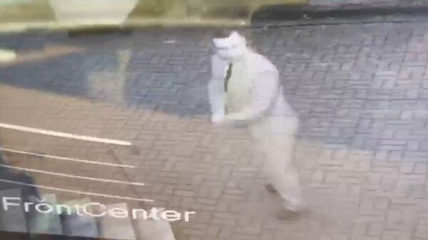 Кадры нападения неизвестных на ливийское посольство в Минске