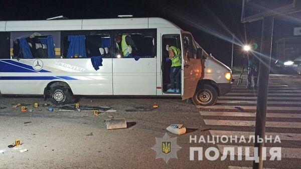На месте обстрела автобуса под Харьковом, Украина