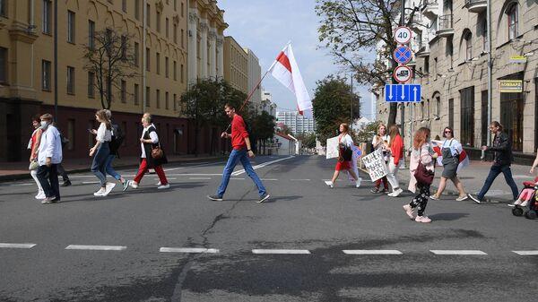 Участники акции протеста на проспекте Независимости в Минске