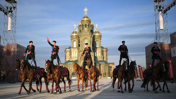 Автономная некоммерческая организация Конно-спортивный клуб Кремлевская школа верховой езды на XIII Международном военно-музыкальном фестивале Спасская башня