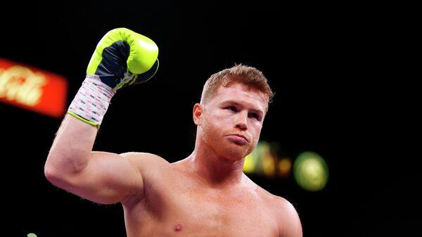Чемпион мира в среднем весе по версии WBA мексиканец Сауль Альварес