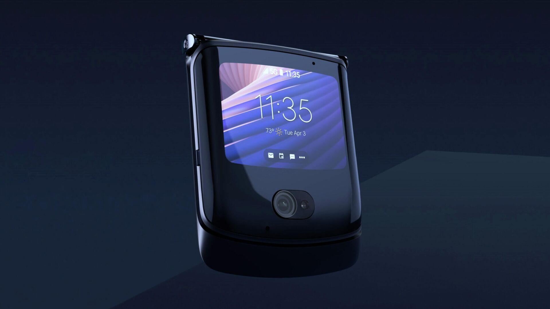Новый HTC будет конкурировать с Motorola razr - РИА Новости, 1920, 28.09.2020
