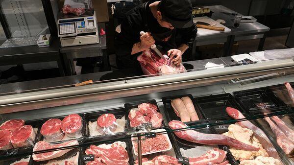 Продажа мяса. Архивное фото