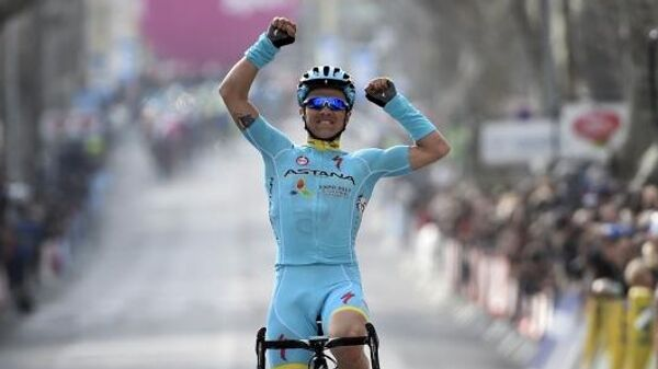 Велогонщик команды Astana Pro Team Алексей Луценко