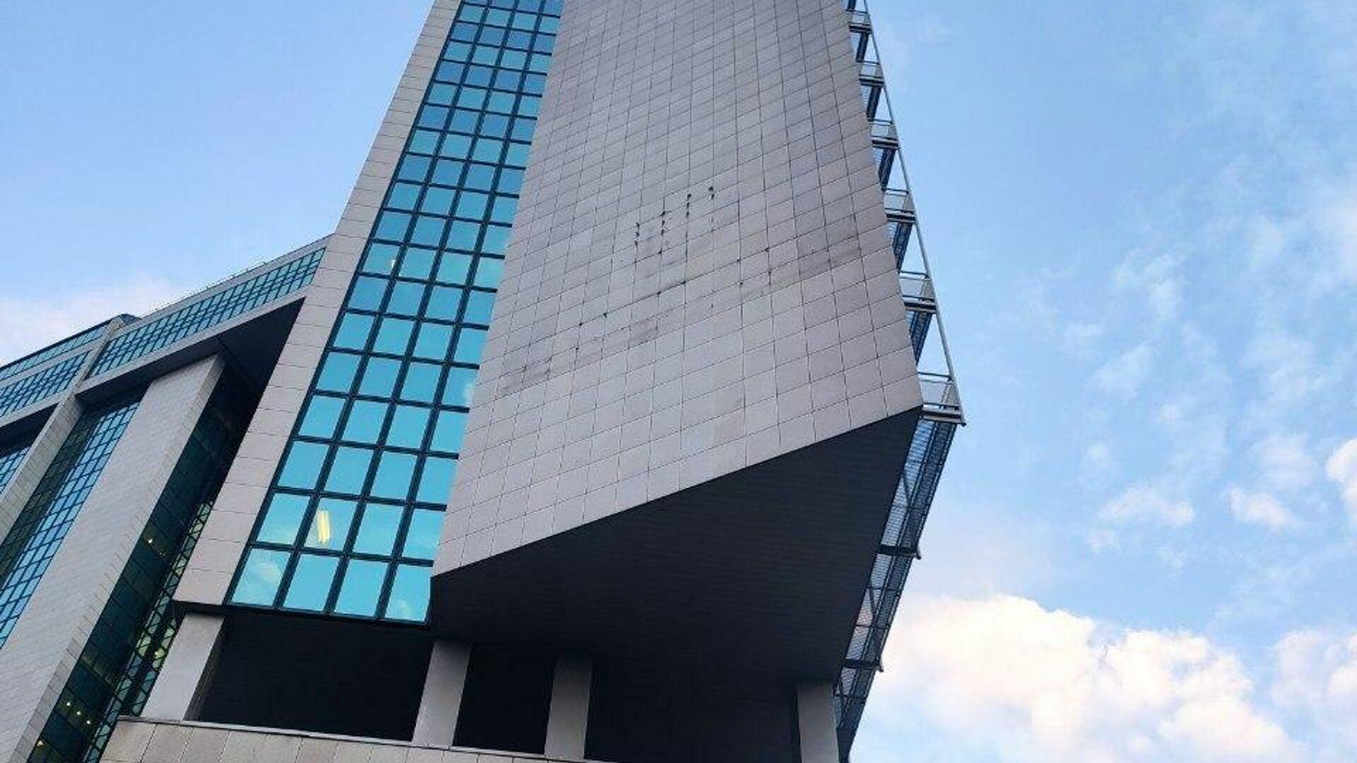 Здание Сбербанка на улице Вавилова в Москве со снятым логотипом - РИА Новости, 1920, 21.09.2020