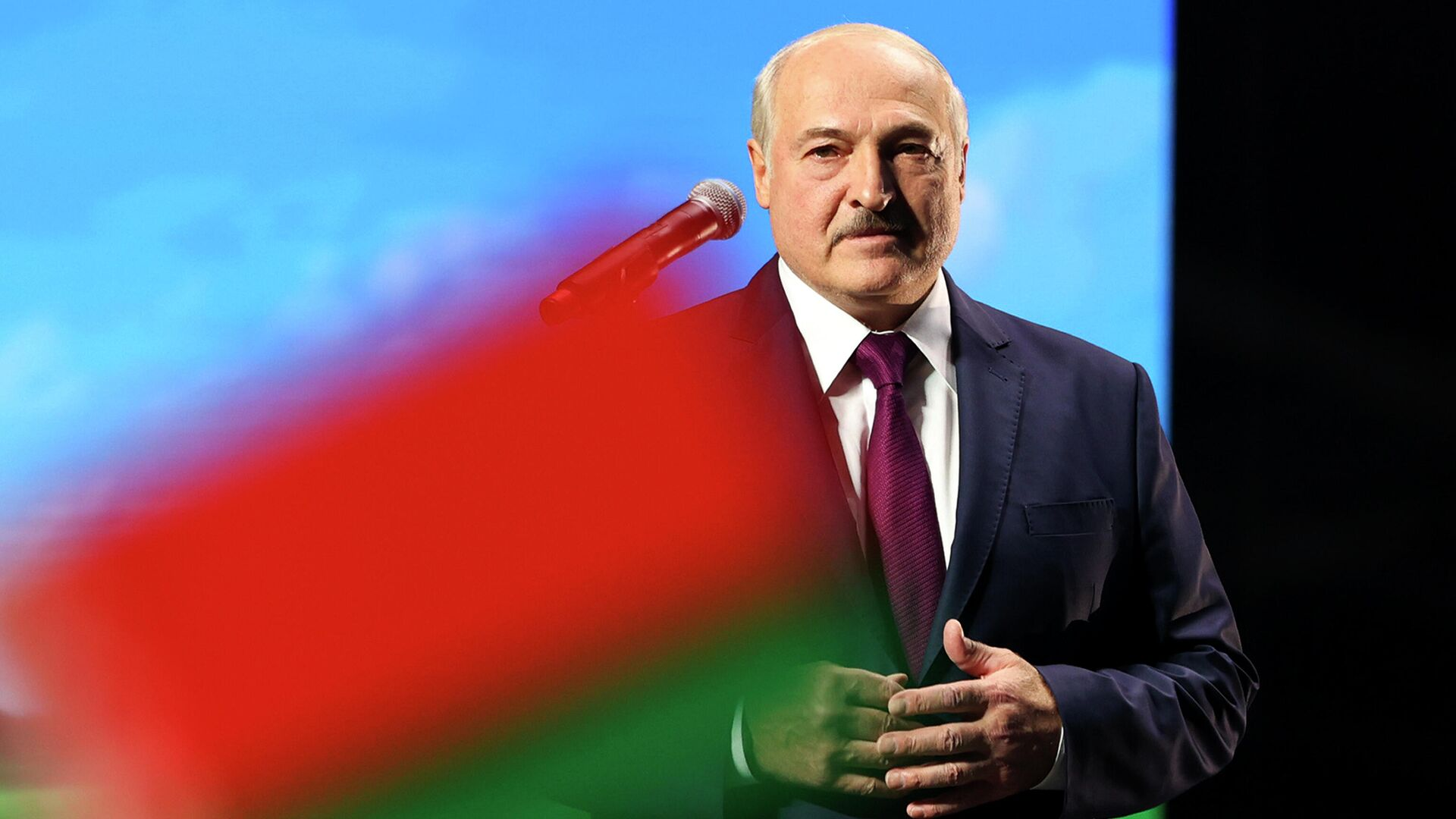 Президент Белоруссии Александр Лукашенко во время выступления в Минске - РИА Новости, 1920, 26.09.2020