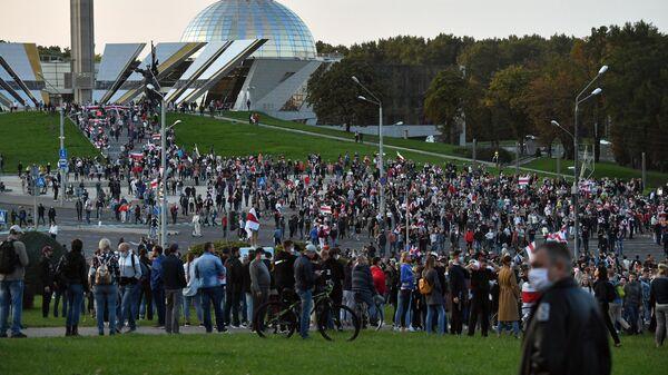 Участники акция протеста оппозиции в Минске