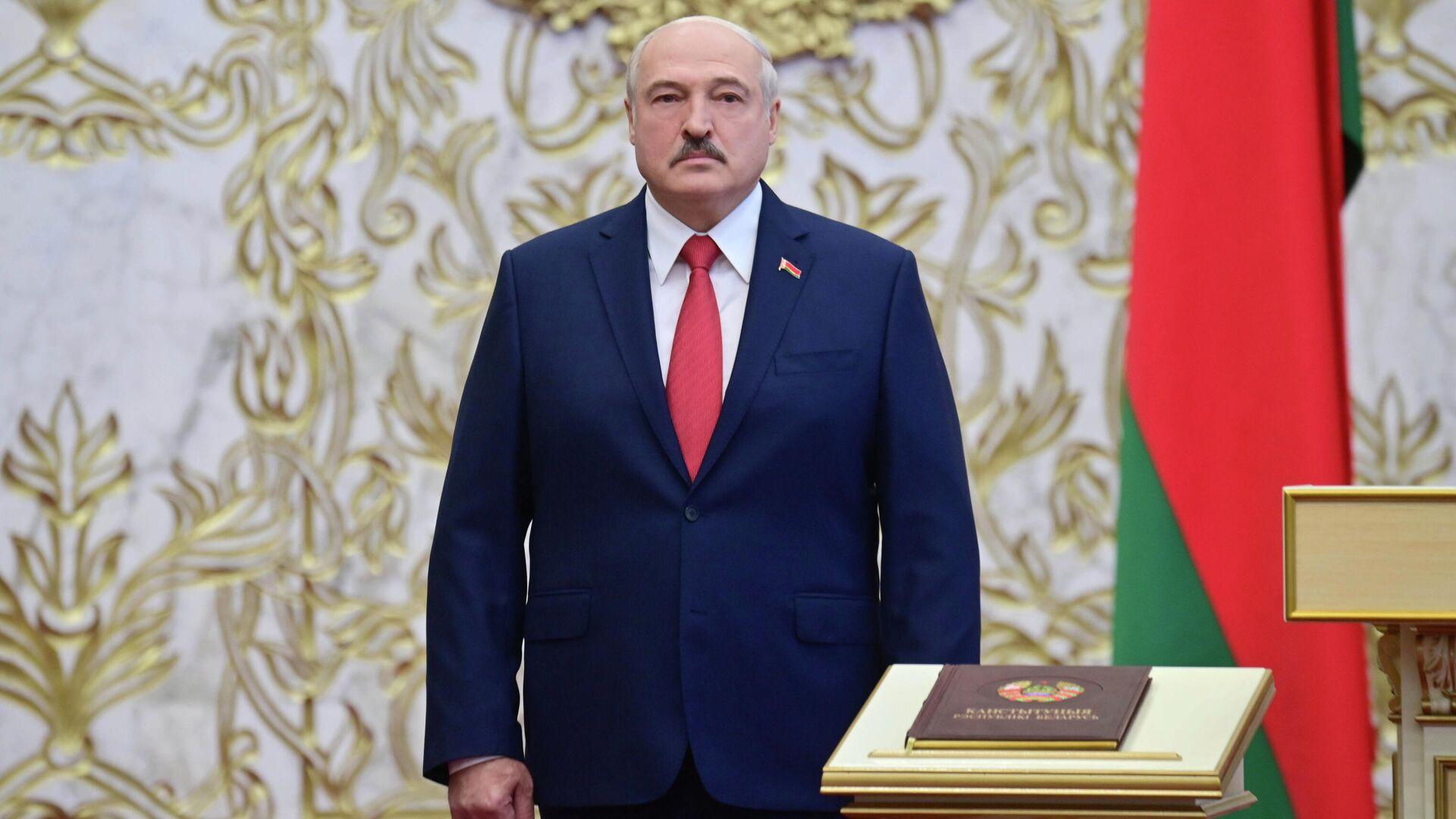 Президент Белоруссии Александр Лукашенко на церемонии инаугурации в Минске - РИА Новости, 1920, 27.09.2020