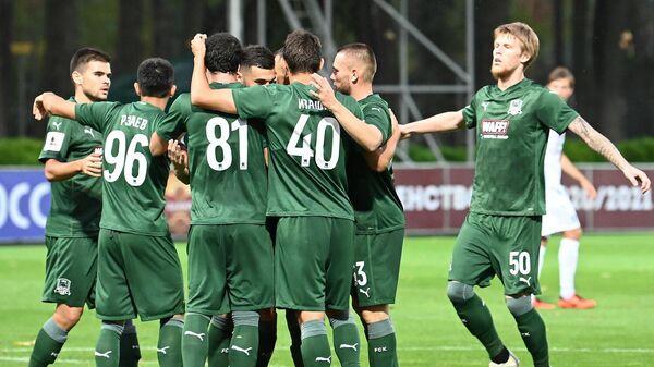 Футболисты Краснодара-2 в матче ФНЛ