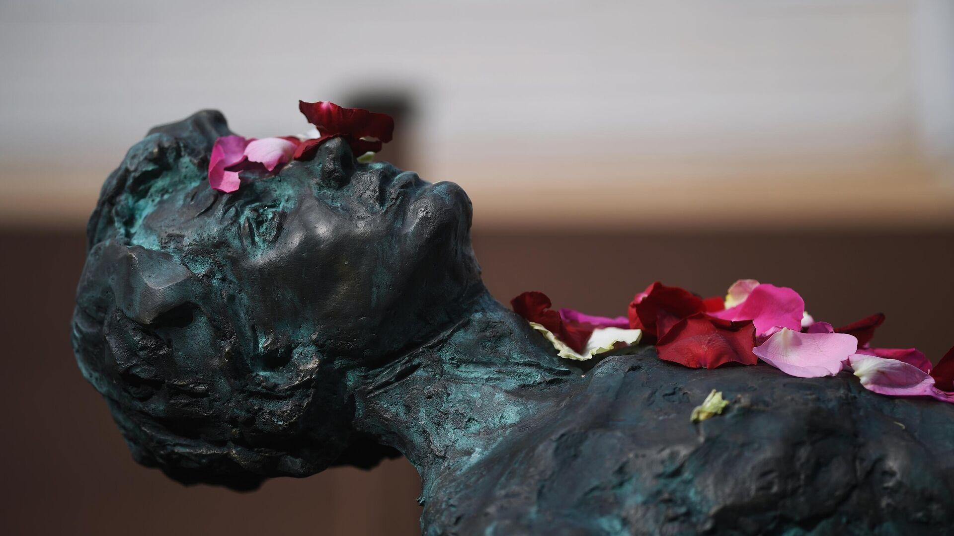 1577947482 0:51:3072:1778 1920x0 80 0 0 7b953ba251b4dea20bb7977508a92b41 - В Москве открыли памятник Сергею Есенину к 125-летию поэта
