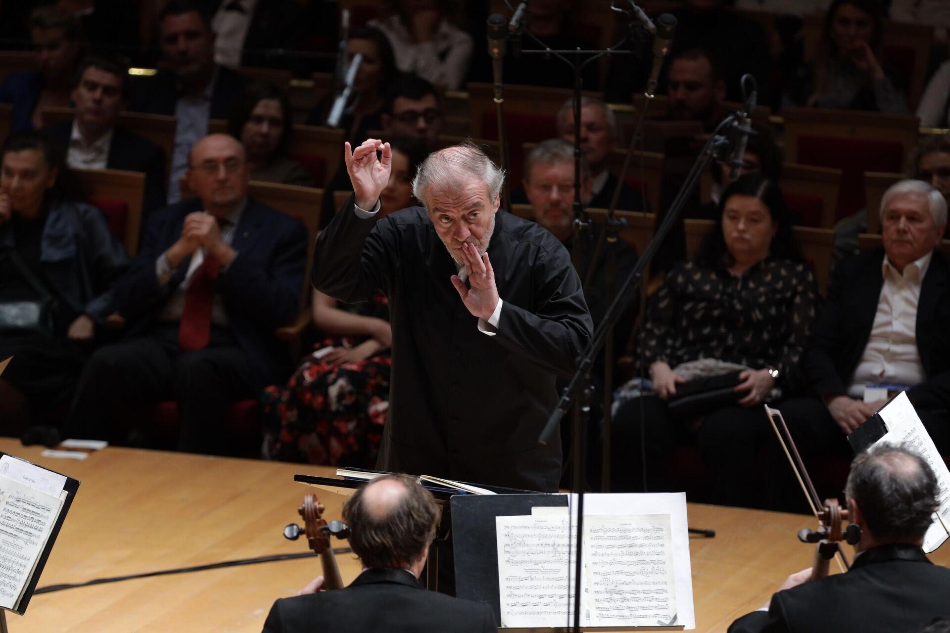 1578071074 0:0:3072:2048 1920x0 80 0 0 35b869c615bf8e0bbc8dc02c657404b6 - Солисты и оркестр Мариинки открывают гастроли в Париже и Люксембурге