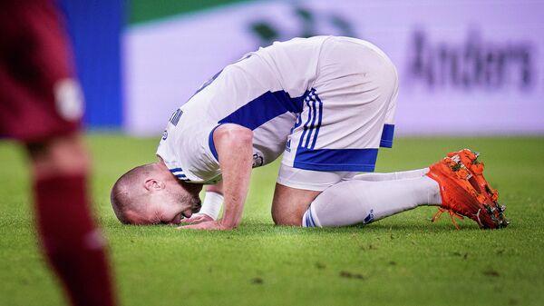 Игрок Копенгагена после пропущенного мяча в матче с Риекой.