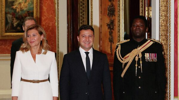 Президент Украины Владимир Зеленский с супругой Еленой во время аудиенции в Букингемском дворце в Лондоне