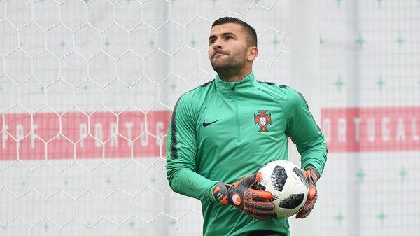 Вратарь сборной Португалии по футболу Антони Лопеш