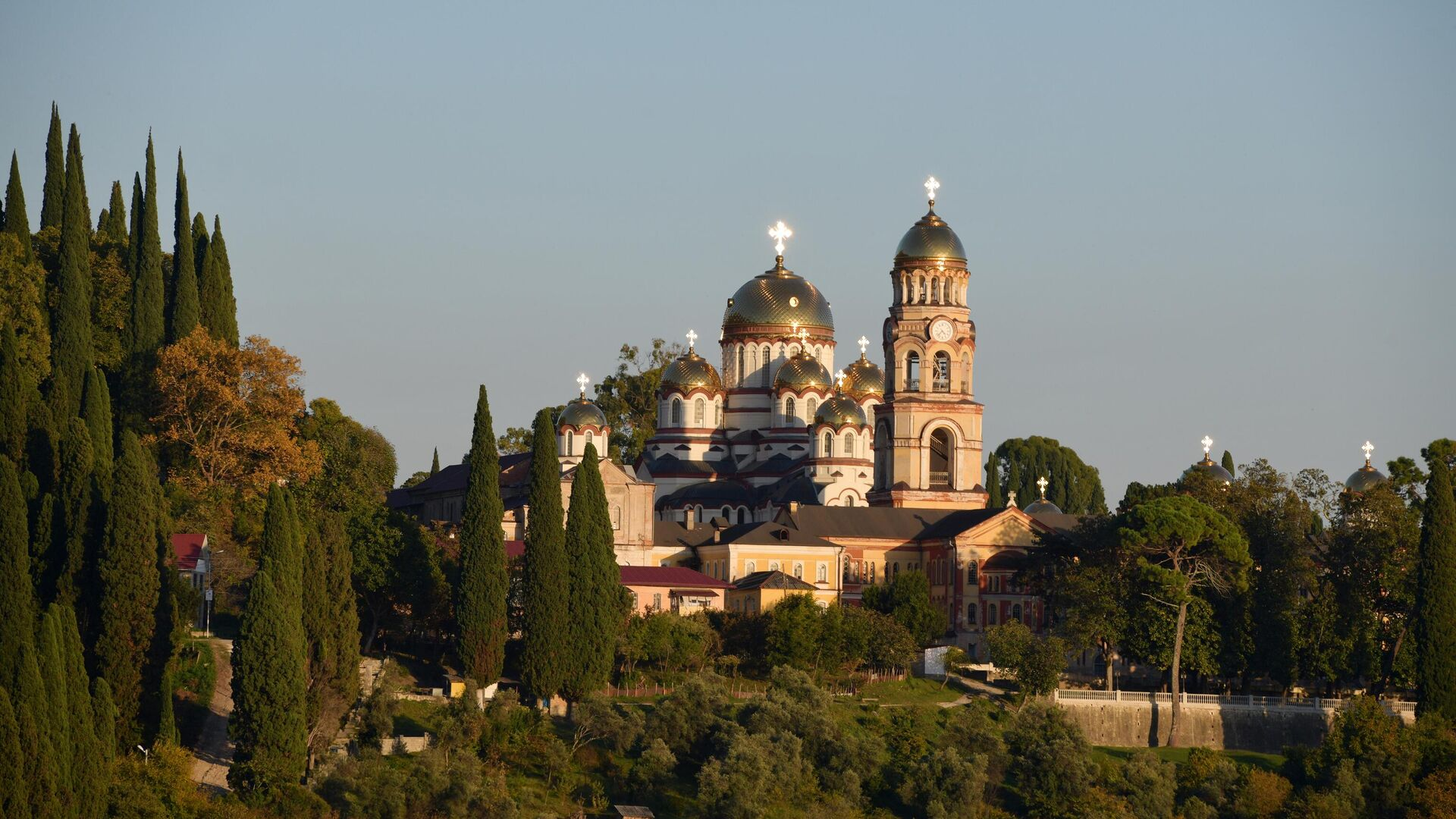 Ново-Афонский Симоно-Кананитский монастырь в Новом Афоне - РИА Новости, 1920, 13.01.2021