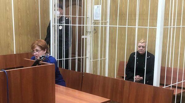 Обвиняемая Наталья Дрожжина по делу о мошенничестве с недвижимостью семьи актера Алексея Баталова в Хамовническом суде