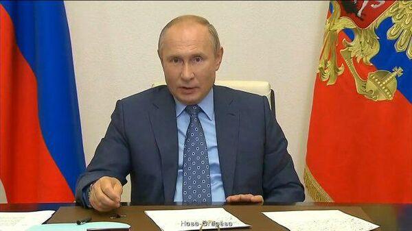 Путин: Нам сам Бог велел включать механизмы для защиты совсем недавнего прошлого