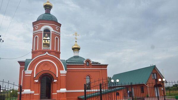 Храм в селе Кузовлево