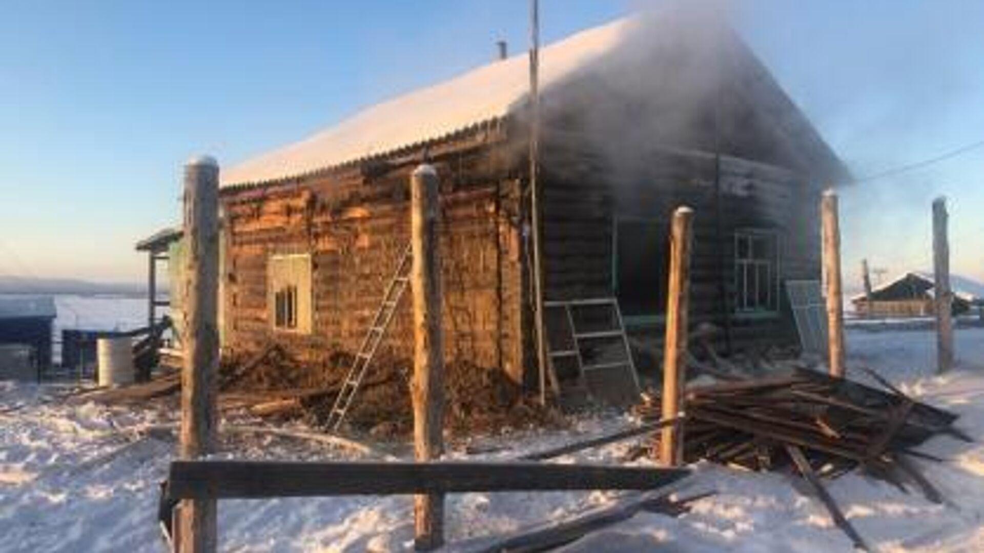 На месте пожара в Амгинском районе Якутии - РИА Новости, 1920, 05.11.2020
