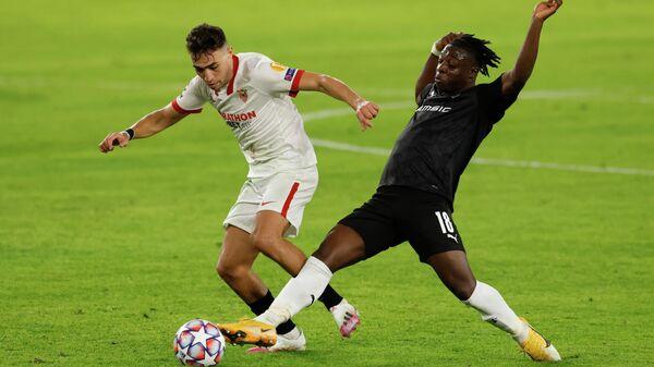 Нападающий Севильи Мунир Эль-Хаддади в матче Лиги чемпионов против Ренна